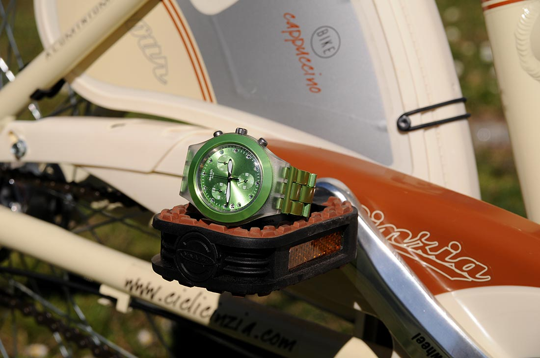 simply-mathilda-paseo-en-bicicleta-complementos-swatch